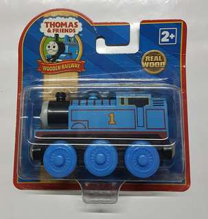 Bnew Thomas wooden train