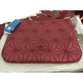 Adidas Issey Miyake Maroon Red Clutch READY STOCK INSTOCK