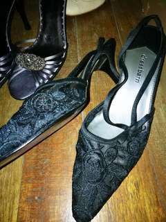 DressBarn black pointed shoes