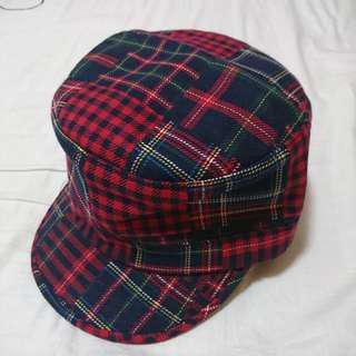 CHOCOOLATE 紅藍格仔帽