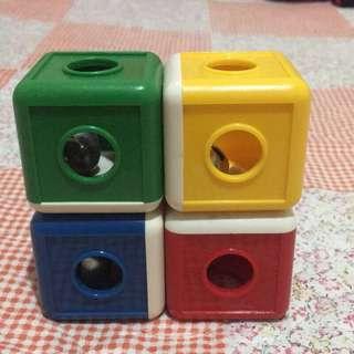 🚚 寶寶兒童益智玩具 顏色鈴鐺方塊拼接