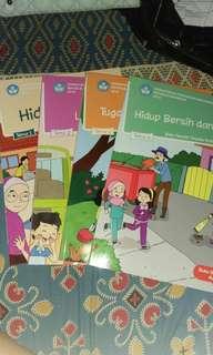 Paket Tematik kelas 2 SD Semester 1 (tema 1,2,3 dan 4)