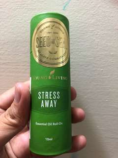 🚚 Young living stress away roll on essential oil