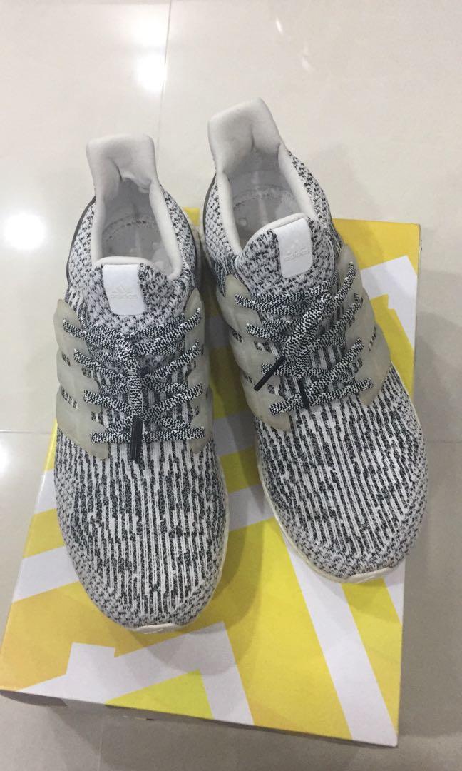 best website f0b40 55c01 UK 11 US 11.5 Ultra Boost 3.0 Oreo   Zebra, Men s Fashion, Footwear ...