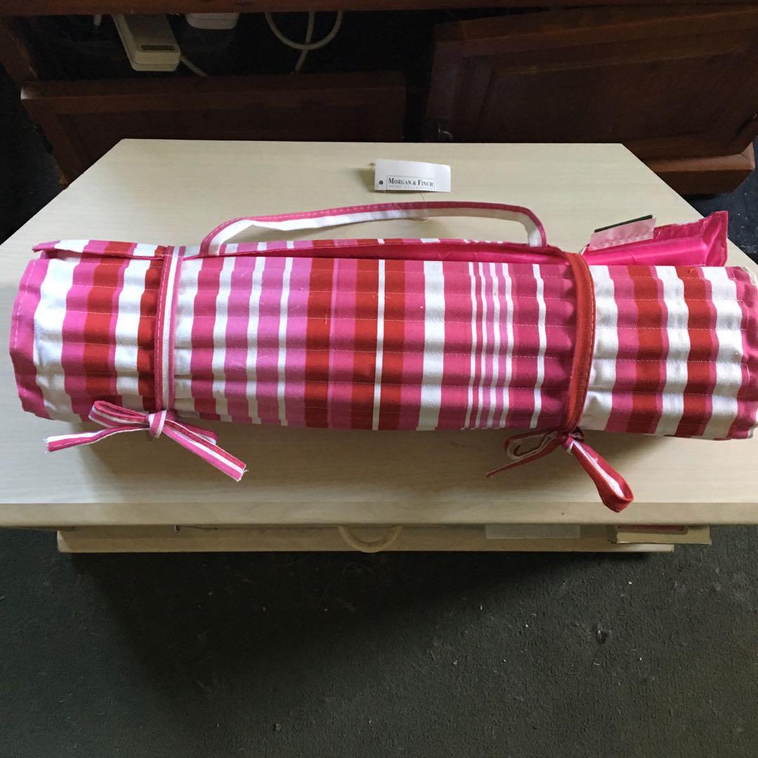 Candy Stripe roll out beach mat BNWT