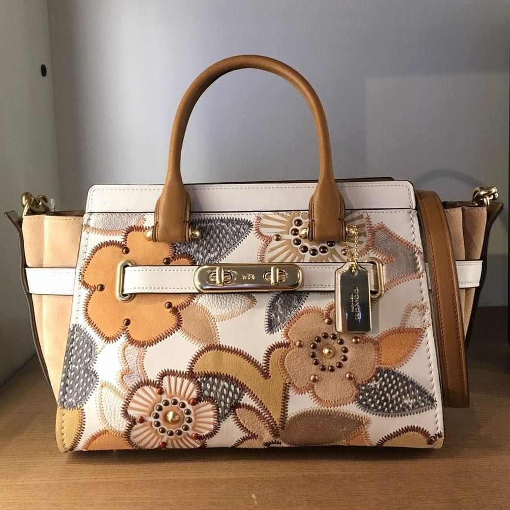 cd4584df4f618 COACH SWAGGER 27 WITH PATCHWORK TEA ROSE AND SNAKESKIN DETAIL ...