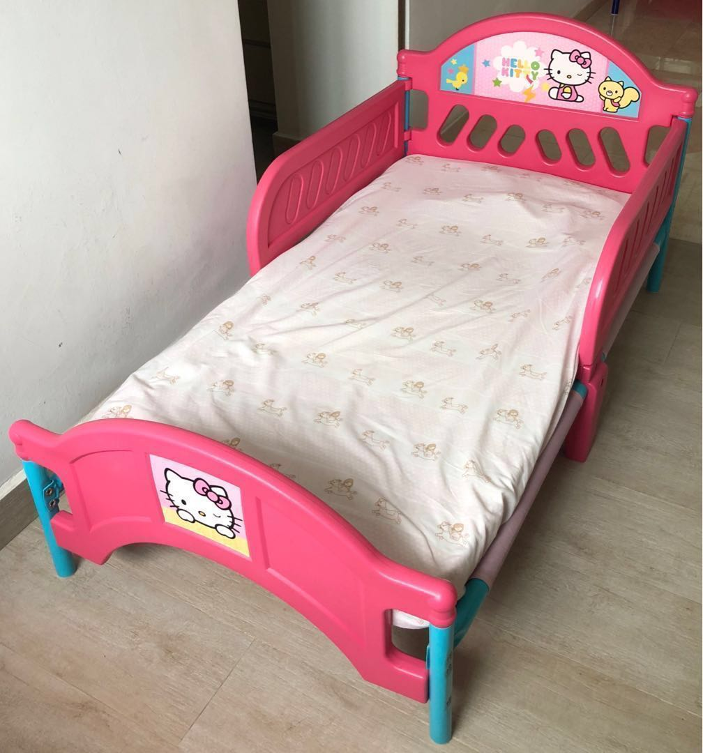 in stock b77fa 43164 Hello Kitty toddler bed