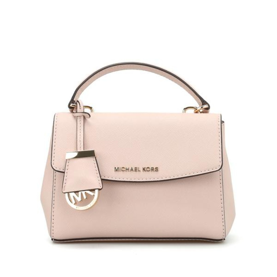 358f9cfbdc88 Michael Kors Ava Extra Small Crossbody Bag Soft Pink, Women's Fashion, Bags  & Wallets, Sling Bags on Carousell