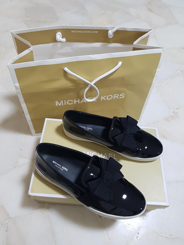 d9c34f43642d Michael Kors black shoes (wore less than 5x)