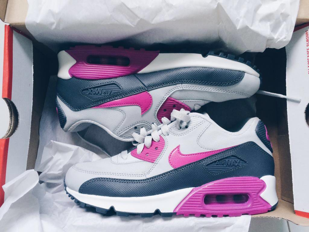 NIKE AIR MAX 90 Pink and Blue on Carousell