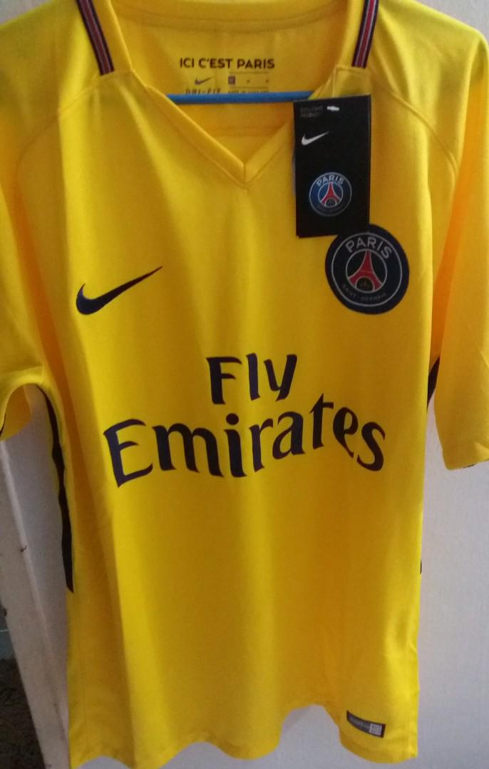 another chance 62666 3032b PSG away kit 17/18 YELLOW, Sports, Sports Apparel on Carousell