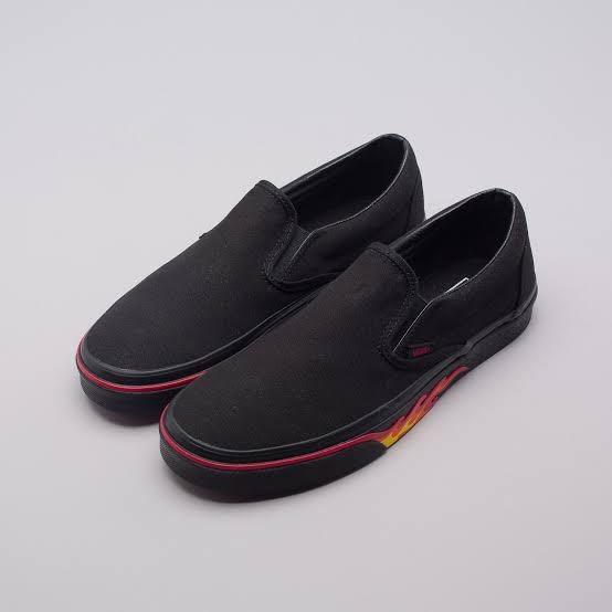 e8c0c40459a Vans Slip-on Flame Wall