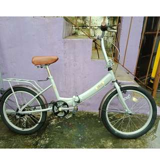 COCOS FOLDING BIKE (FREE DELIVERY AND NEGOTIABLE!)