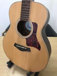 木吉他 當初買4900 沒在用了 出售