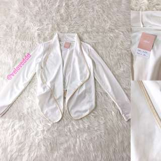 VL6174 Korean white waterfall sleeve outer top