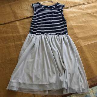 Uniqlo 拼接紗裙洋裝