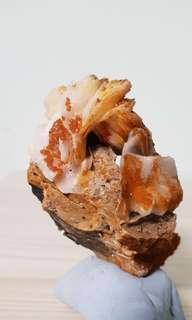 Barite Blades with Vanadinite from Morocco thks