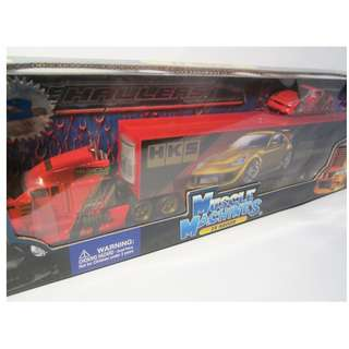 Muscle Machines ZX Haulers 1/64 scale Truck Diecast with Nissan 350Z Red