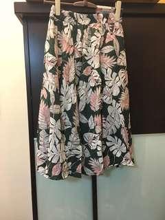 🚚 渡假風鬆緊帶傘狀中長裙