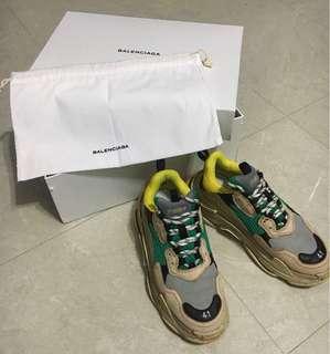 60%巴黎世家 41號 balenciaga triple S sneaker連盒連鞋袋及證書(可議)