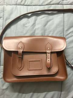 Authentic Cambridge satchel to let go, buy rm800 want to letgo rm400 still look new coz seldom use