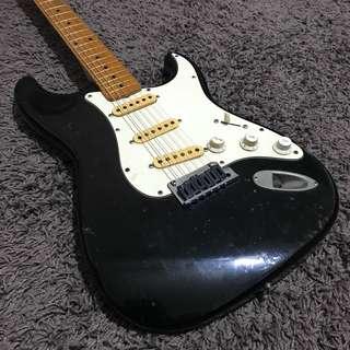 Vintage MJT Japanese Stratocaster (more info in the description)