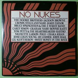 "【舊版""Rock, Funk / Soul""黑膠唱片】No Nukes ~ From The Muse Concerts For A Non-Nuclear Future - Madison Square Garden - September 19-23, 1979 (1979 US)(3LP)"