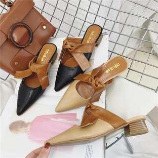 Black Cute Bow Tie SLip-On Heels in Size 38