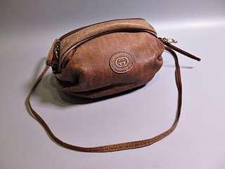 🚚 原價約四萬!全台唯一 Gucci 單色棕色復古款 名牌精品 真品 Gucci 復古懷舊風格 肩背包 斜背包
