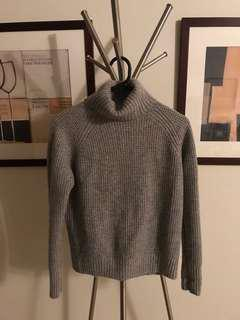 Uniqlo roll neck cashmere knit S