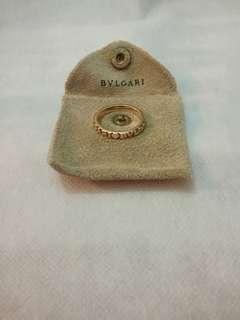 BVLGARI 750 gold ring.