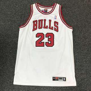 Nike Jordan Bulls authentic home jersey collectible