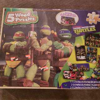 Teenage Mutant Ninja Turtles 5 Puzzle Game Set Brand New Price is negotiable