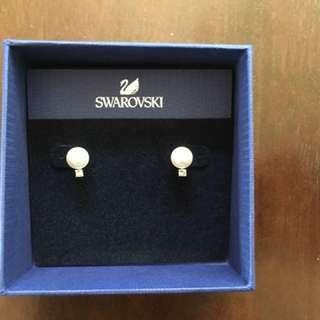 Genuine Swarovski pearl earrings