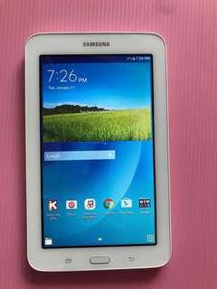 Samsung Galaxy Tab 3  SM-T113 tablet (WiFi only)