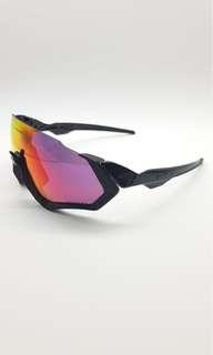 BNIB Oakley Flight Jacket Glasses!! (BLACK WITH RES PRIZM LENS)