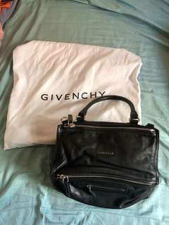 Givenchy Pandora Bag medium black