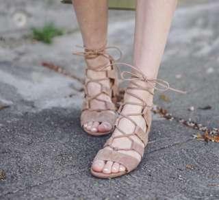 Steve Madden suede sandal - size 6