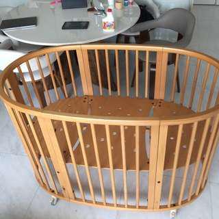 Stokke sleepi crib / baby bed