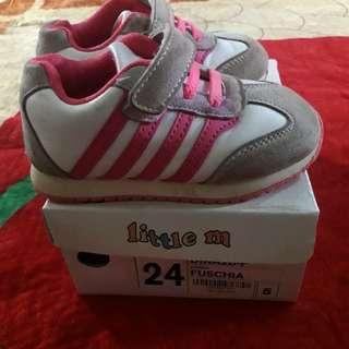 Sepatu 24 little m pink