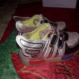 Sepatu anak no 25