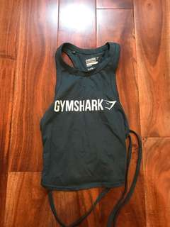 gymshark workout top size small