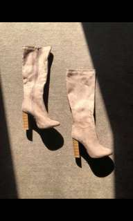 Suede beige boots