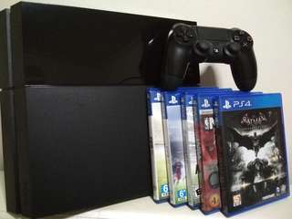PS4 500GB & 5 Games
