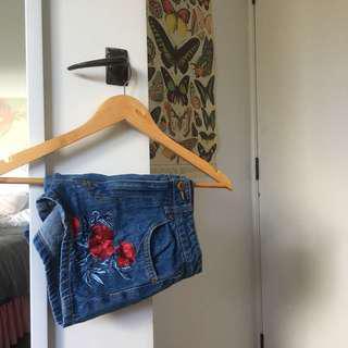 H&M Rose Shorts