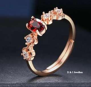 天然紅石榴石鑲鑽戒子red stone ring