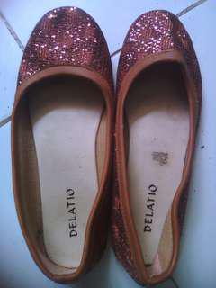 Sepatu balet coklat