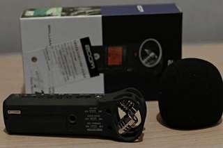 Zoom H1 ( audio recorder)