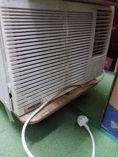 二手匹半冷氣機