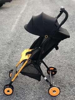Combi Stroller F2 Super Lightweight Baru